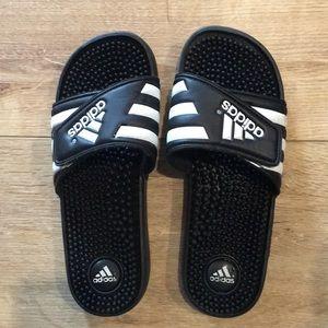 Adidas velcro slides!